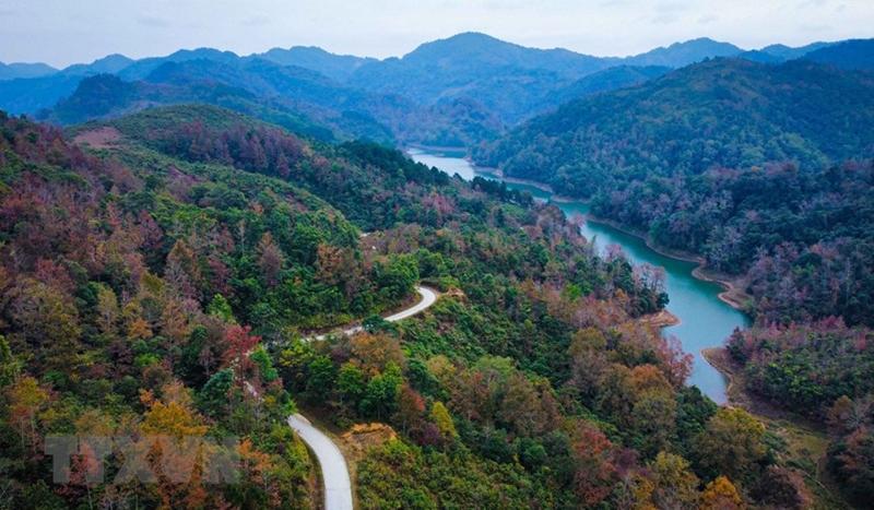 Khung cảnh mùa Đông đẹp mê hồn nơi biên cương Cao Bằng