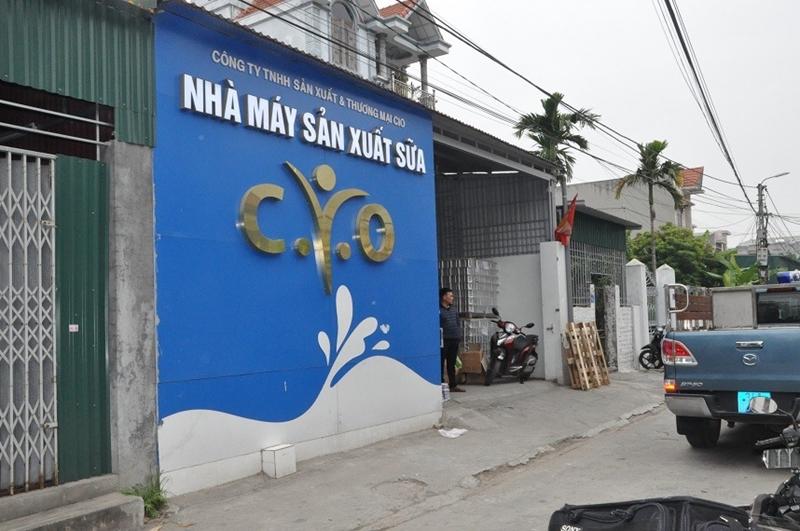 Hải Dương Phát hiện cơ sở sản xuất lượng lớn sữa kém chất lượng