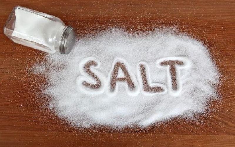 Ăn nhiều muối vào mùa đông  Sát thủ thầm lặng đối với người mắc bệnh tim mạch