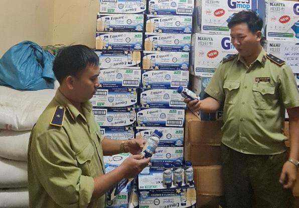 Phú Yên Tạm giữ 5 700 chai sữa Ensure có dấu hiệu nhập lậu