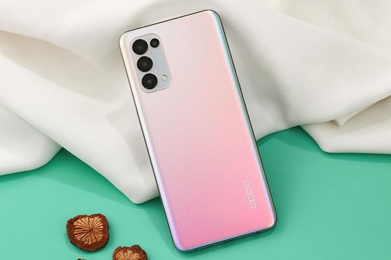 Oppo Reno5 là smartphone bán chạy nhất tại Việt Nam tháng 1 2021 với 70 000 chiếc
