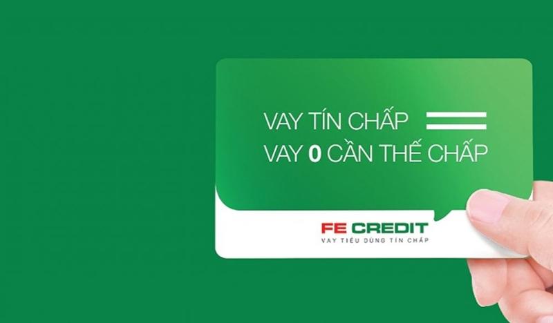 """FE Credit Tự động chuyển tiền vào tài khoản để """"bẫy"""" khách hàng với lãi """"cắt cổ"""""""