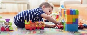 Cha mẹ cần biết Hơn 100 chất có thể gây hại cho sức khỏe trẻ nhỏ có trong các sản phẩm đồ chơi nhựa