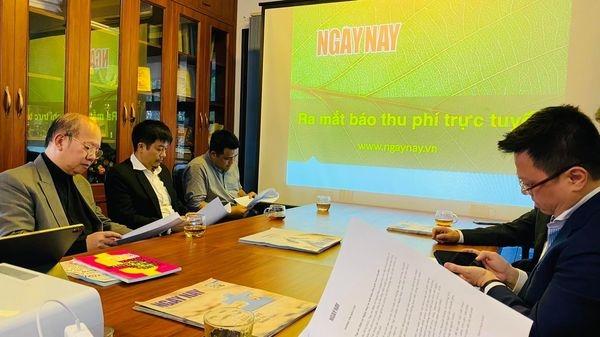 Ngày Nay và câu chuyện báo thu phí ở Việt Nam