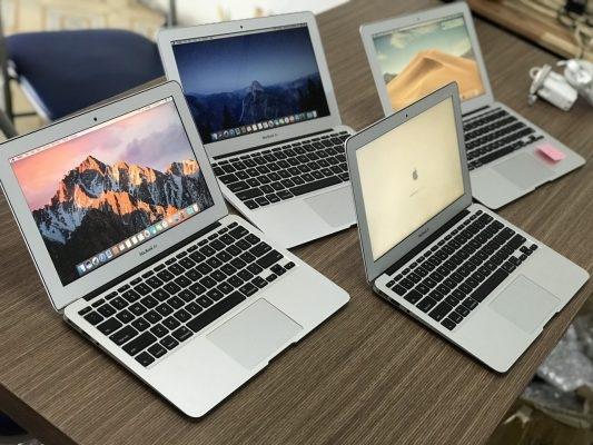Laptop ồ ạt tăng giá khiến người mua chóng mặt