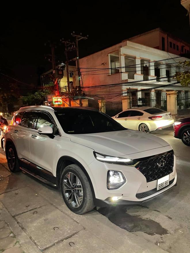 Chạy hơn 20 000km, Hyundai SantaFe biển lộc phát - 68686 vẫn được chủ xe tự tin rao bán hơn 3 tỷ đồng