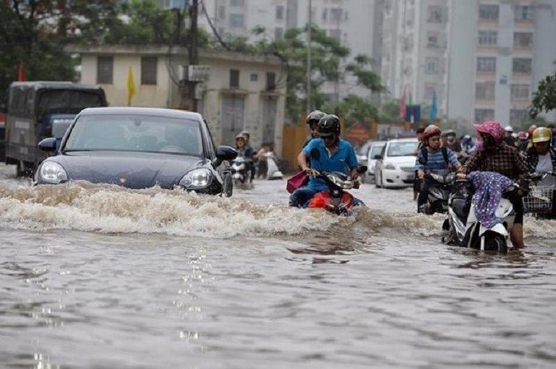 Hướng dẫn thủ tục hưởng bảo hiểm xe ô tô bị ngập nước do mưa lũ