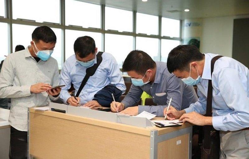 Người trở về Hà Nội sau kỳ nghỉ lễ 30 4, 1 5 phải khai báo y tế
