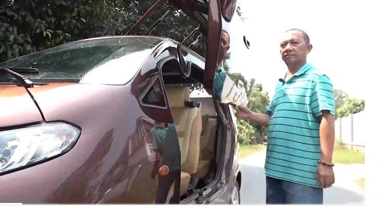 Cận cảnh ô tô điện đi 100km tốn 15 000 tiền điện của thợ Việt, được báo ngoại ca ngợi