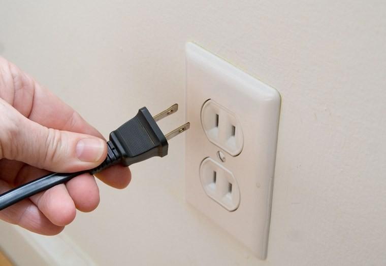 Cách tiết kiệm điện khi làm việc tại nhà trong bối cảnh dịch bệnh Covid-19