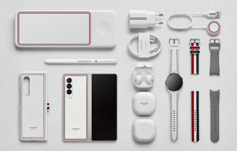 Mục sở thị chiếc Galaxy Z Fold3 bản đặc biệt, có gì mà hot tới 150 triệu đồng