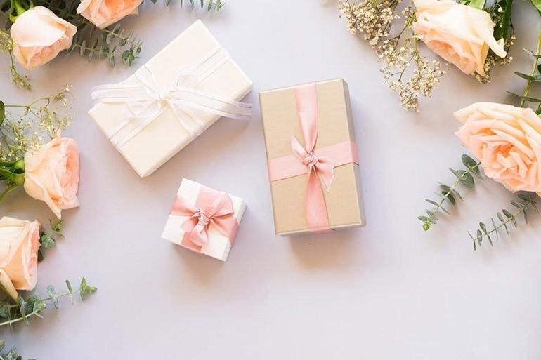 20 10 cận kề, gợi ý những món quà ý nghĩa dành tặng phái nữ