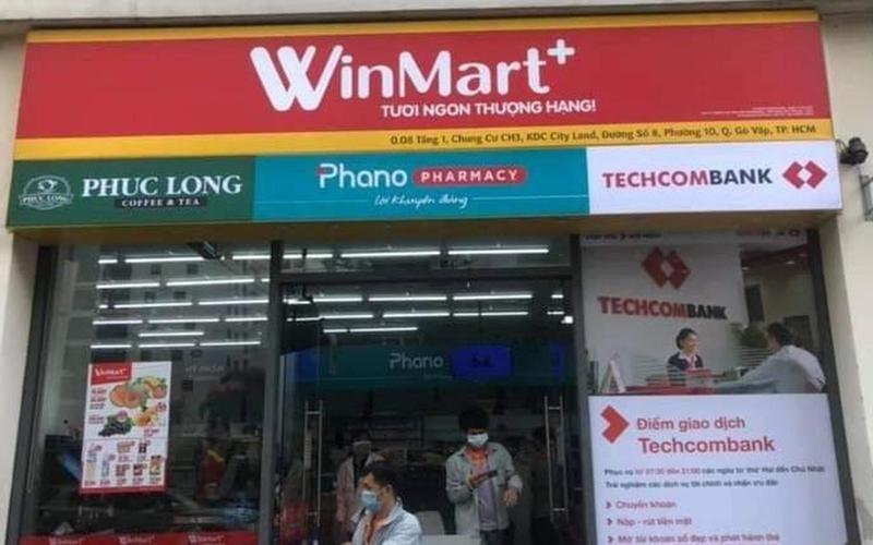 WinMart+ bắt đầu xuất hiện thay thế VinMart+ tích hợp thêm nhà thuốc Phano, có cả dịch vụ Techcombank lẫn trà sữa Phúc Long